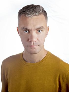 Максим Иванович Директор